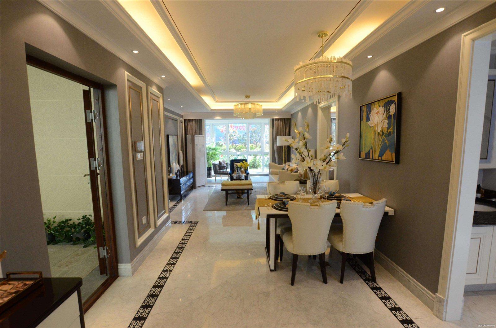 海虹家园4室2厅2卫150万元