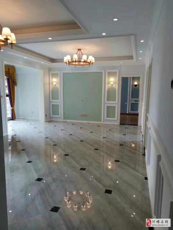 南河郡豪装130平3室2厅2卫99.8万元