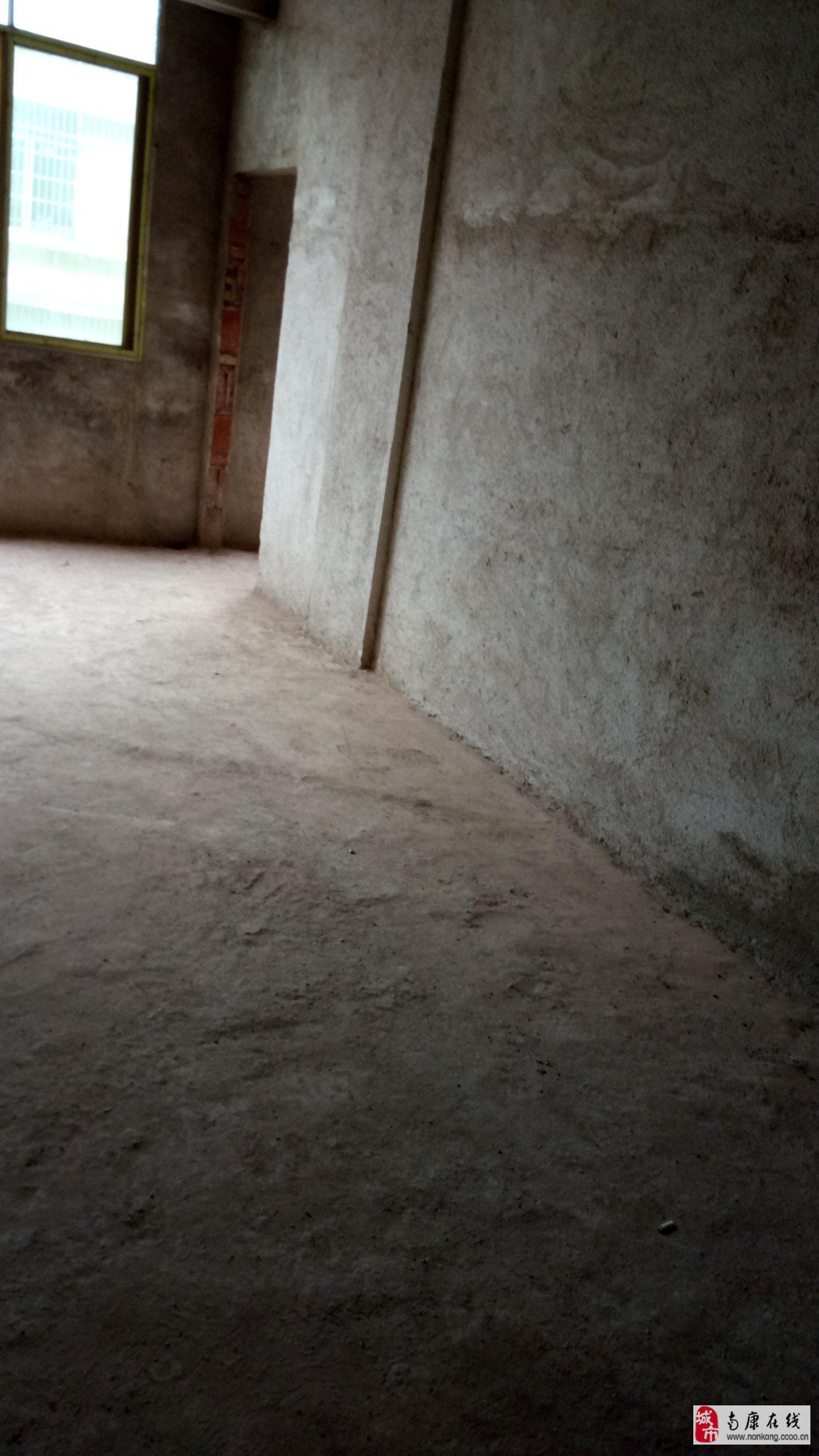 卡洛島安置點毛坯超低價2室2廳2衛18.8萬元