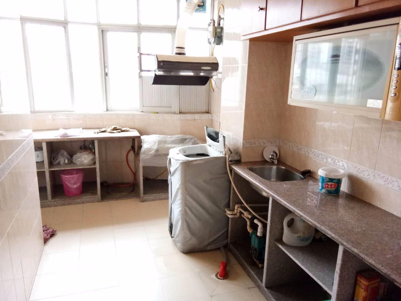 梅江鴻達路電力局三房二廳套房步梯有加裝電梯計劃