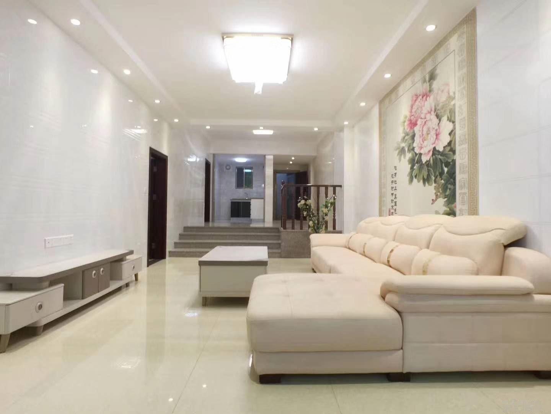 新縣城華貴花園步梯2樓3房2廳3衛138平方全新裝修未住