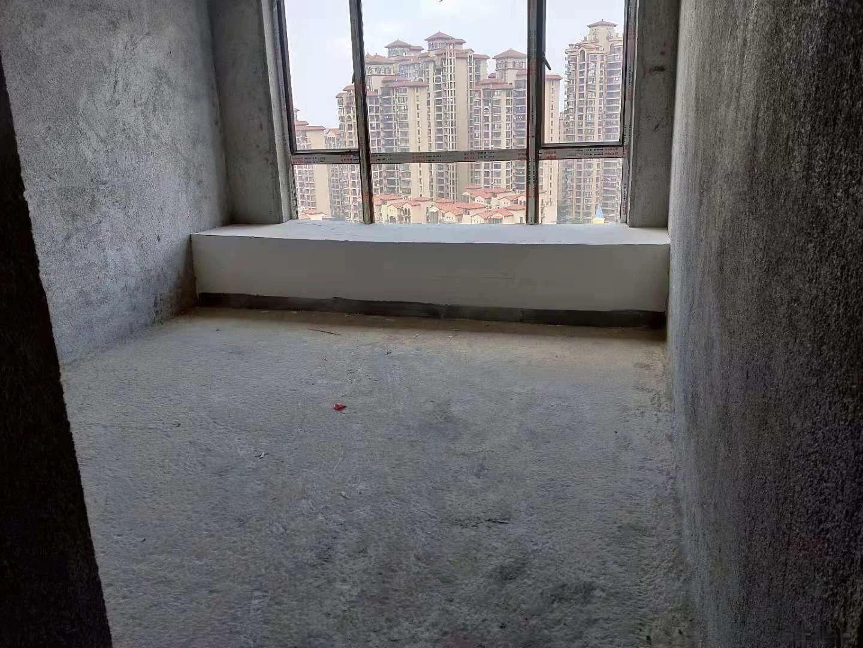 江南客天下威尼斯南北通透4房電梯高層毛坯出售