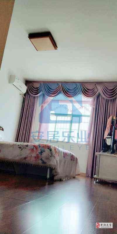 滨州花园3室2厅2卫79万元