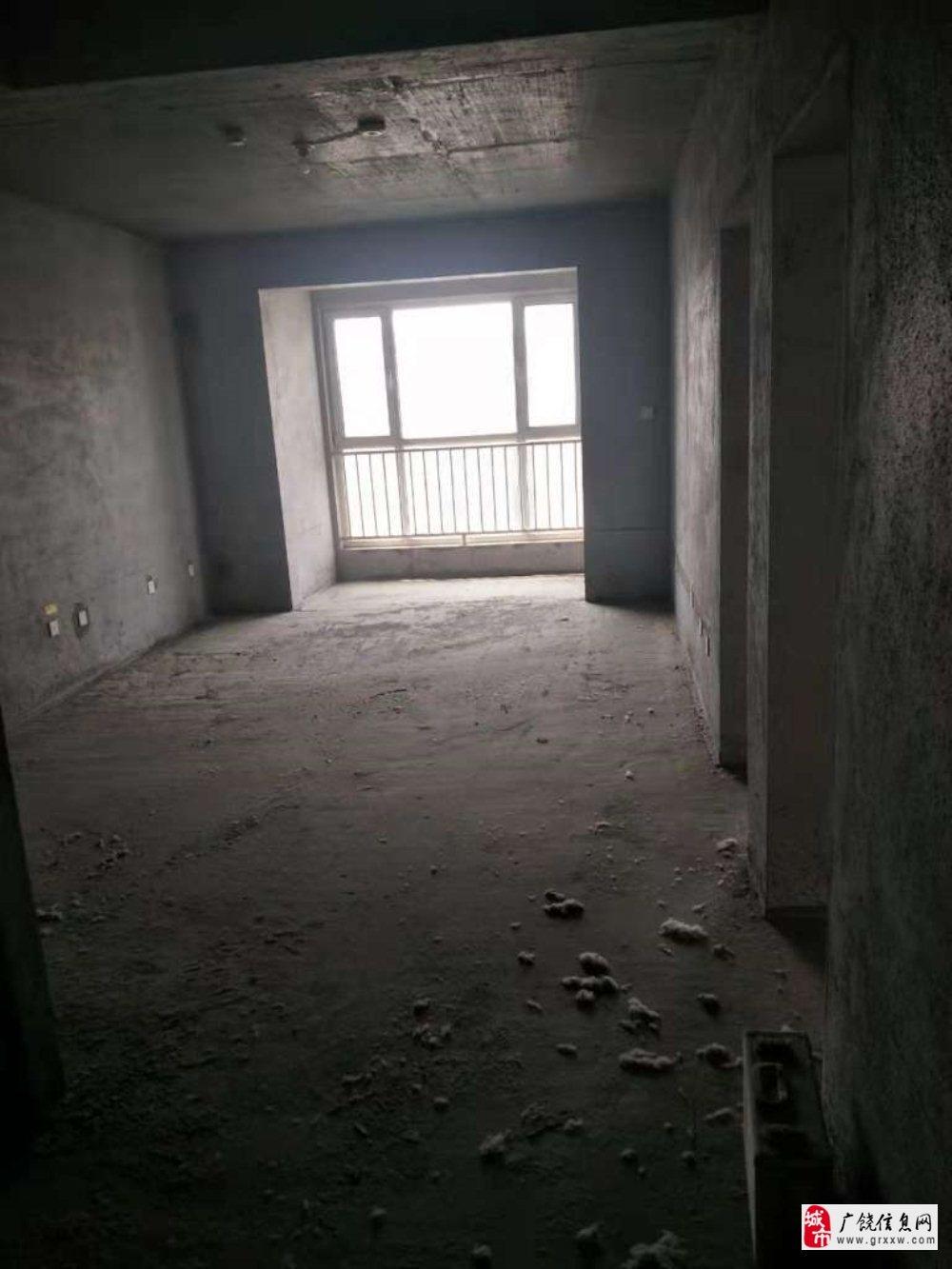 渤海经典108平,带储藏室3室2厅1卫62万元