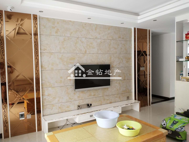 稀缺优质房源,金沙平台县锦绣嘉园小区90万3室2厅2卫中装