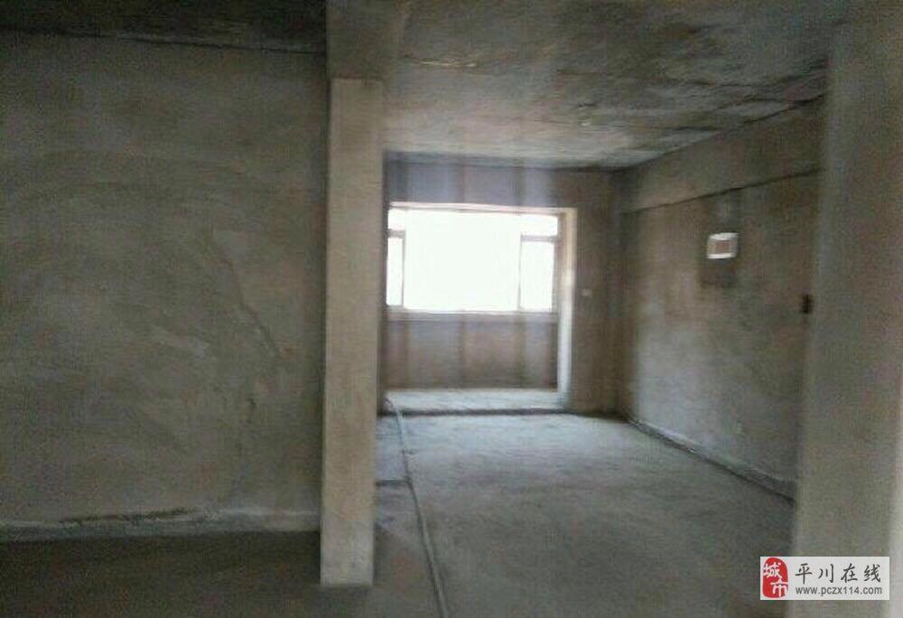 颐景园3室2厅1卫52万元