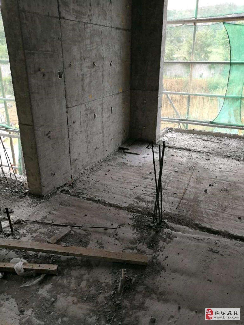 仙龙湖七里香溪2室2厅1卫可改三室52.8万元