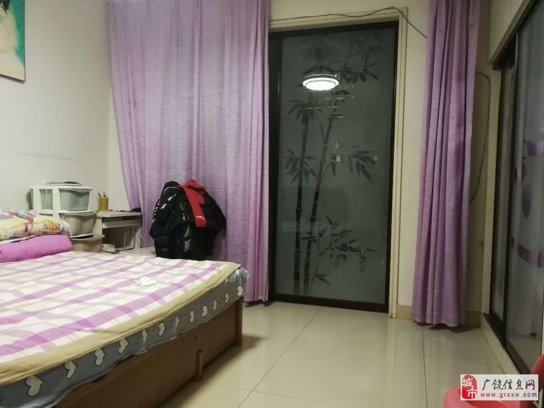 渤海明珠4楼3室2厅1卫英才对面过户费用低