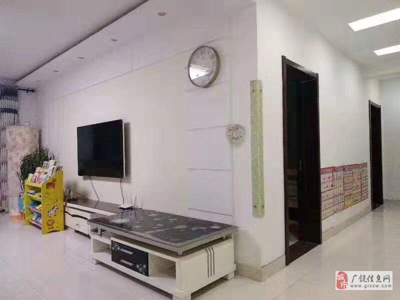 急售凯泽名苑,兴安学区3室2厅1卫92万元