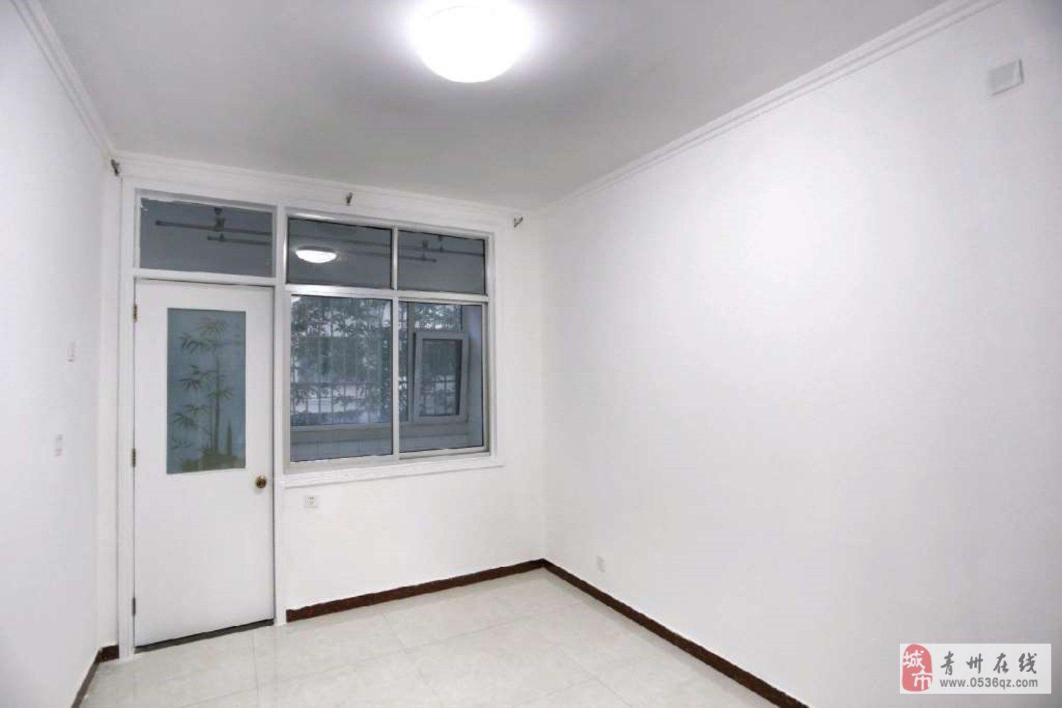 将军山小区2室2厅1卫72万精装带储藏室