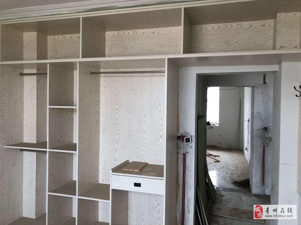 圣水花园6楼144平方带阁楼3室精装带车位储藏室
