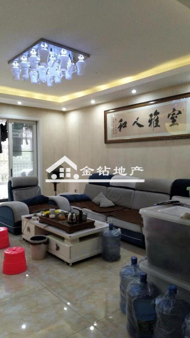 領秀江南86.8萬3室2廳2衛精裝修,現在出售!