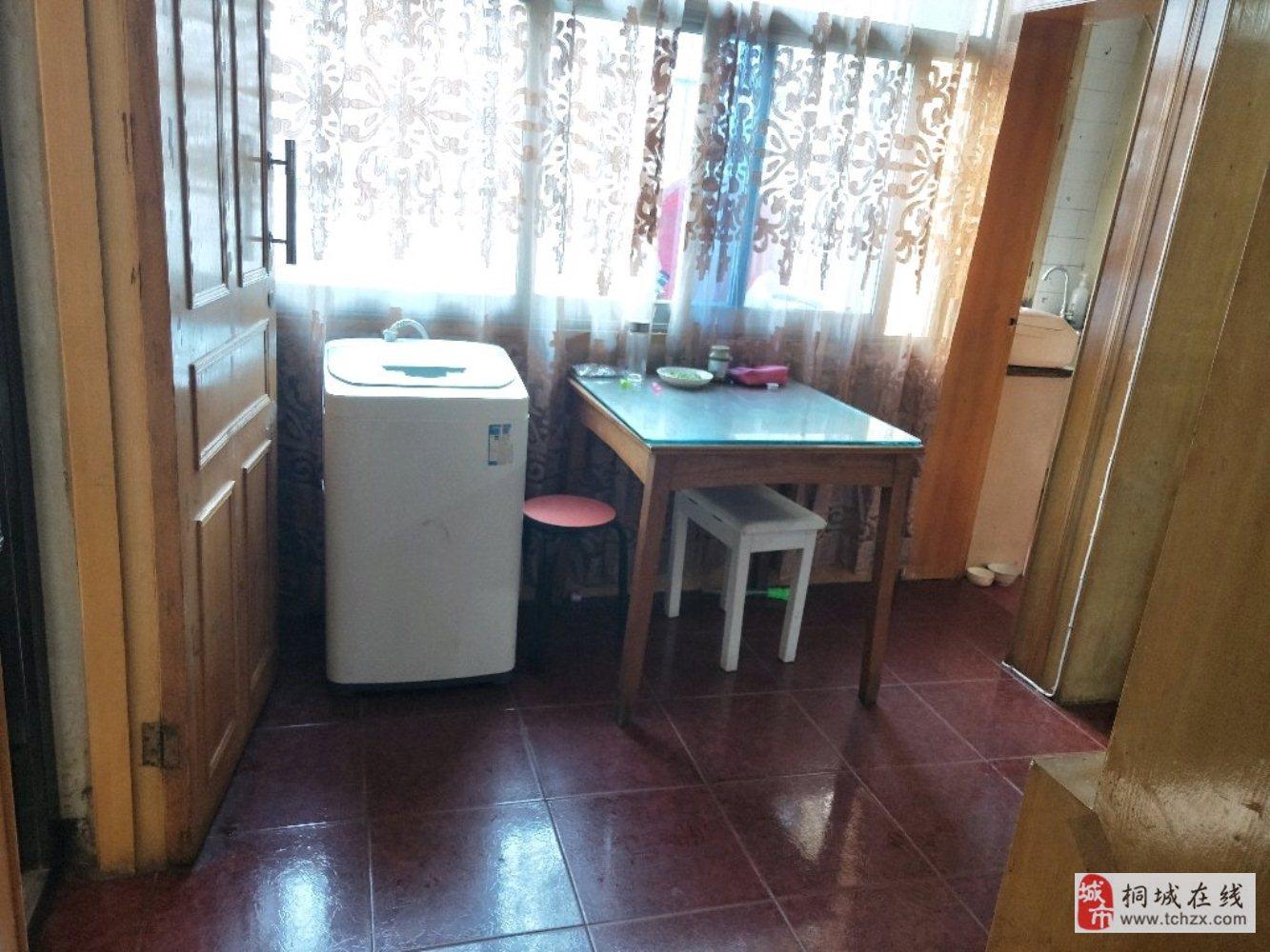 花园小区三室户型紧凑中间楼层白菜价离实验中学仅五分