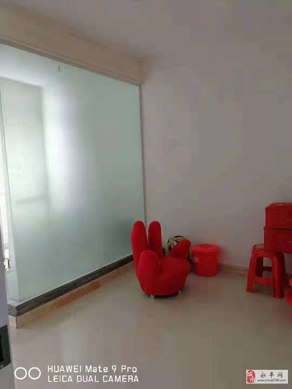 锦江凤凰城附近3室2厅2卫33万元