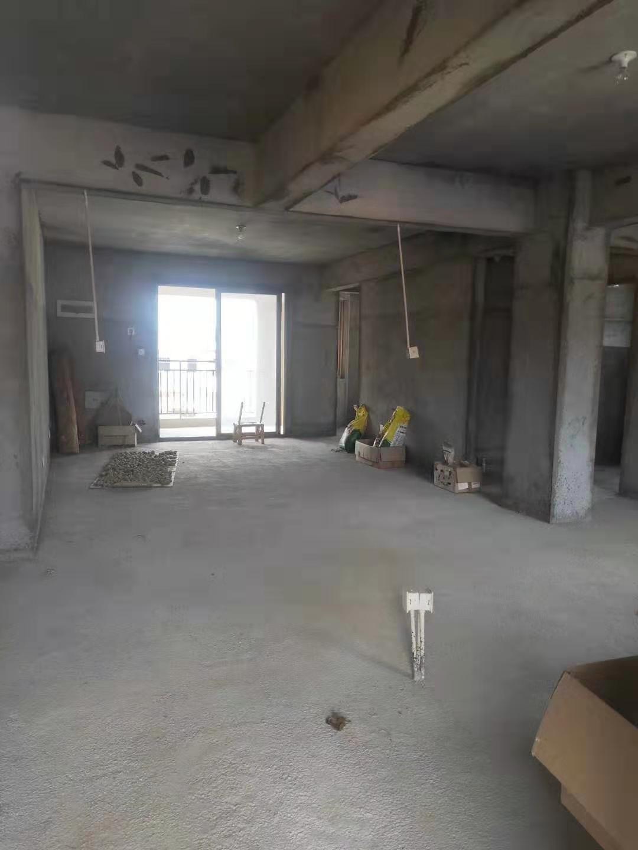 華暉棕櫚泉毛坯房出售3室2廳2衛99萬元