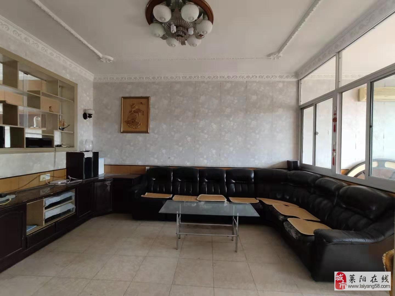 東關片電業局小區精裝三室雙氣帶地上小房