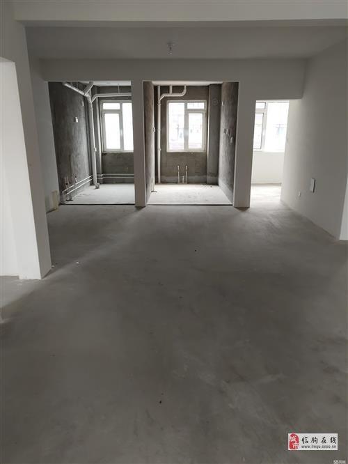 圓潤公館帶電梯3室2廳2衛90.9萬元