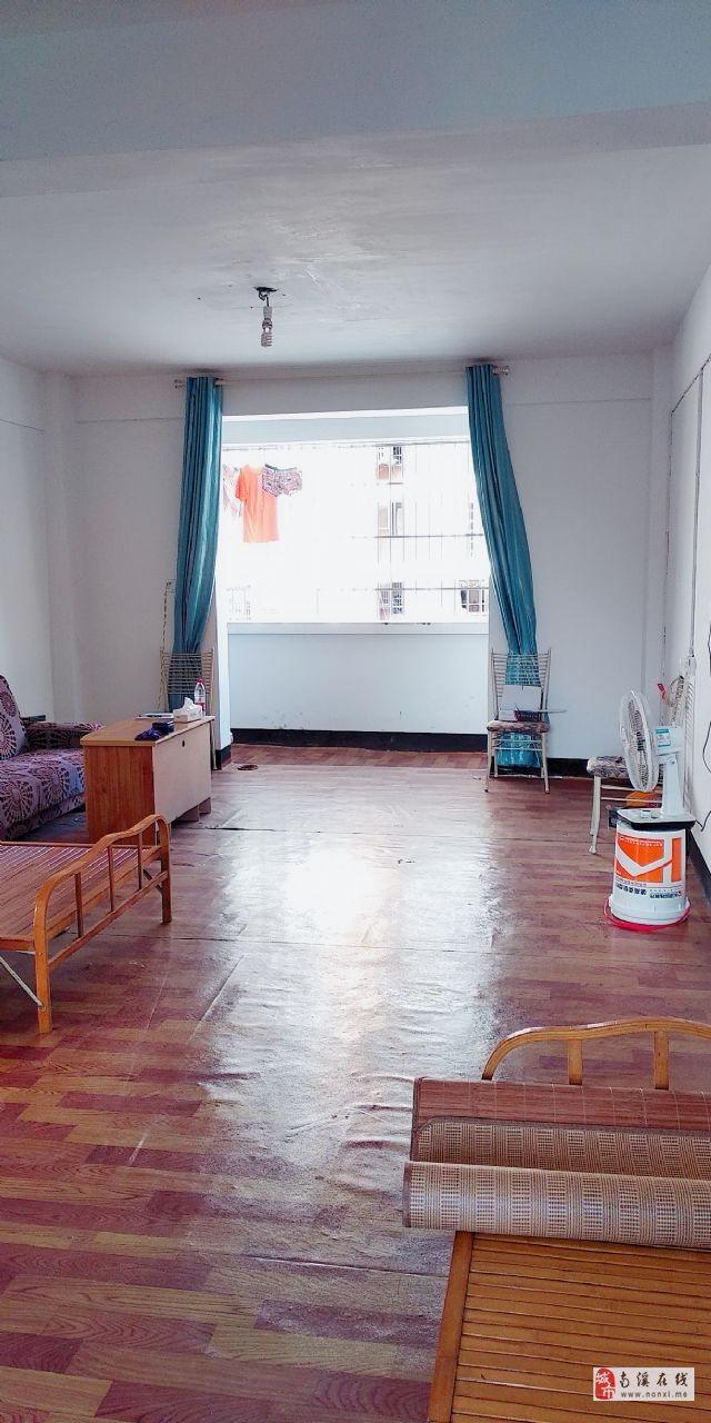 秀溪苑(明安街500号)3室2厅1卫41.8万元