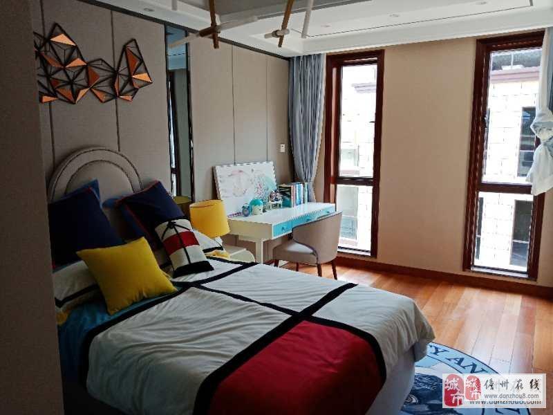 新房出售城北世家5室2厅4卫255万元