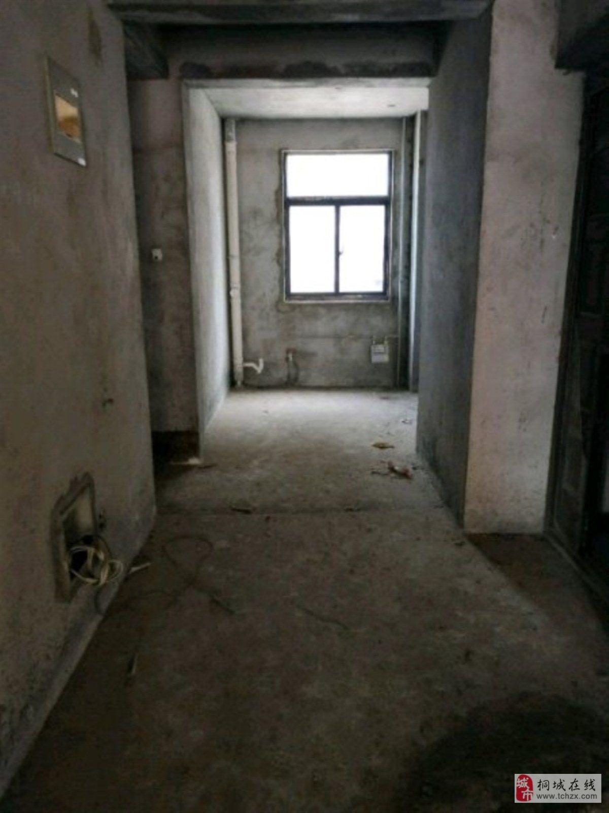 金瑞名城2室2厅1卫60万元