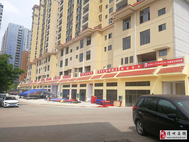 万博manbetx水晶宫琼西建材市场商铺1室1厅1卫40万元