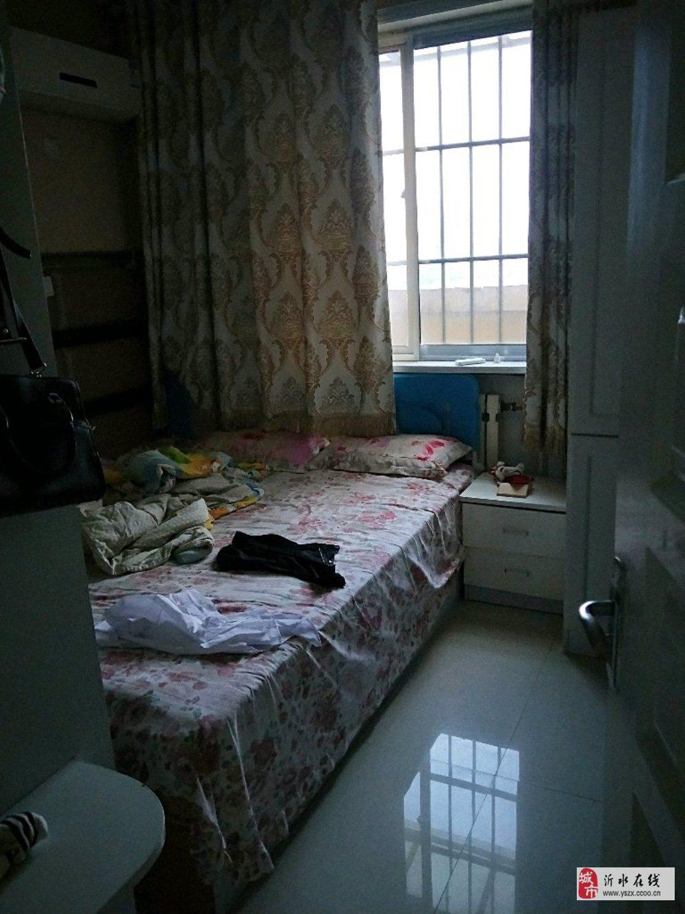 阳光丽景12楼109平精装3室2厅有证