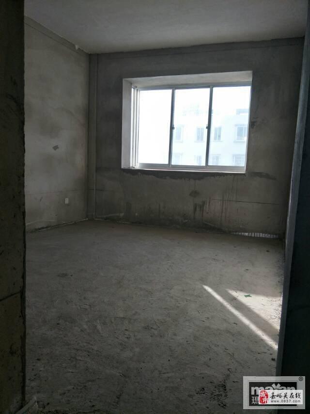 碧水綠洲4室2廳2衛50萬元