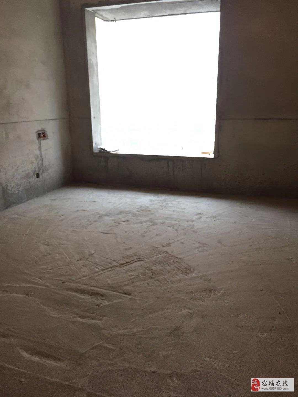水木清华多层4楼97平方毛坯2室2厅68万元