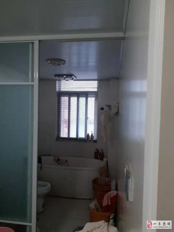 王彭小區3室2廳2衛89.8萬元出售