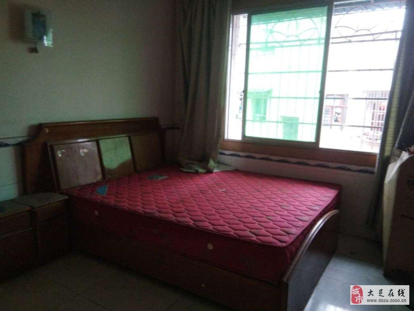 龙水镇南苑小区3室2厅1卫28万元