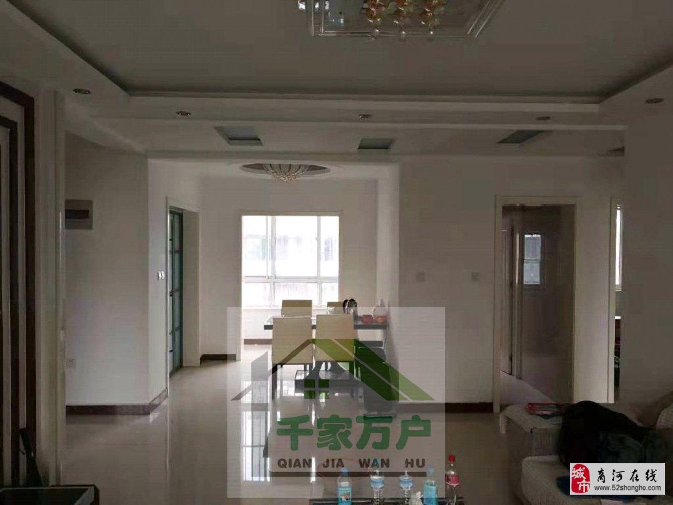 檀都小区3室2厅120平送家具低税95万元