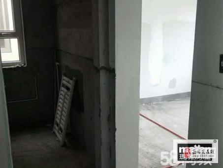 陽光金水灣3樓2室45萬元