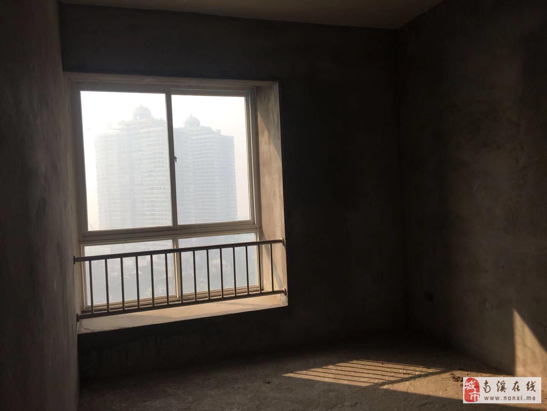新城区凤凰华城清水三室双卫黄金楼层繁华地段