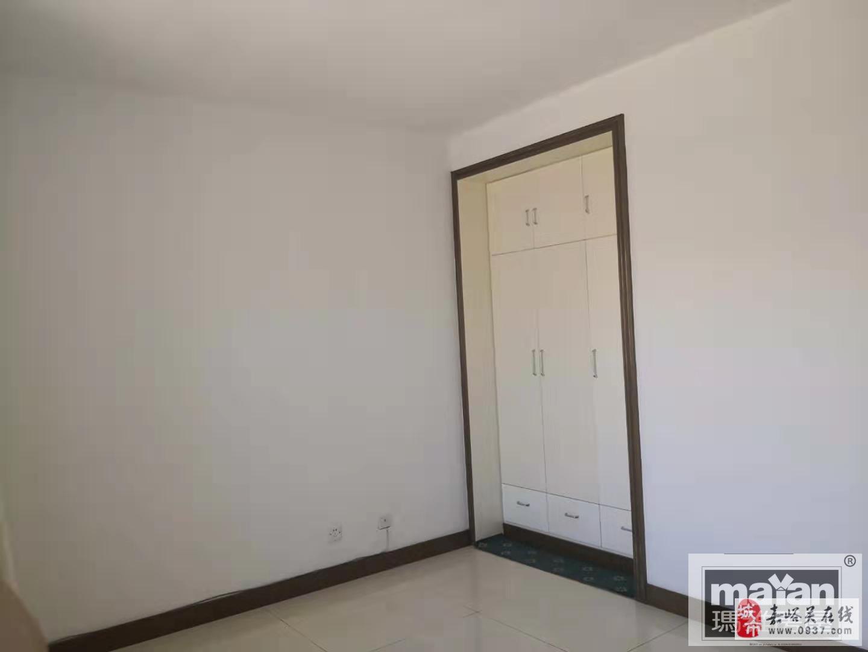 大眾街區3室2廳1衛35萬元