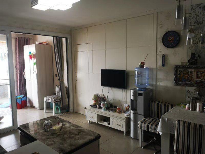 惠东花园1室1厅1卫46万元