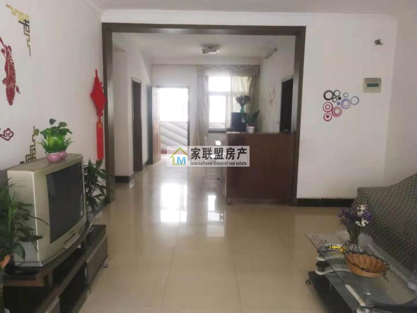 錦繡花園步梯2樓,精裝2室2廳2衛32萬元