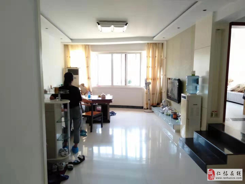 教师楼4室2厅2卫物超所?#30340;?#21271;通透价格实惠