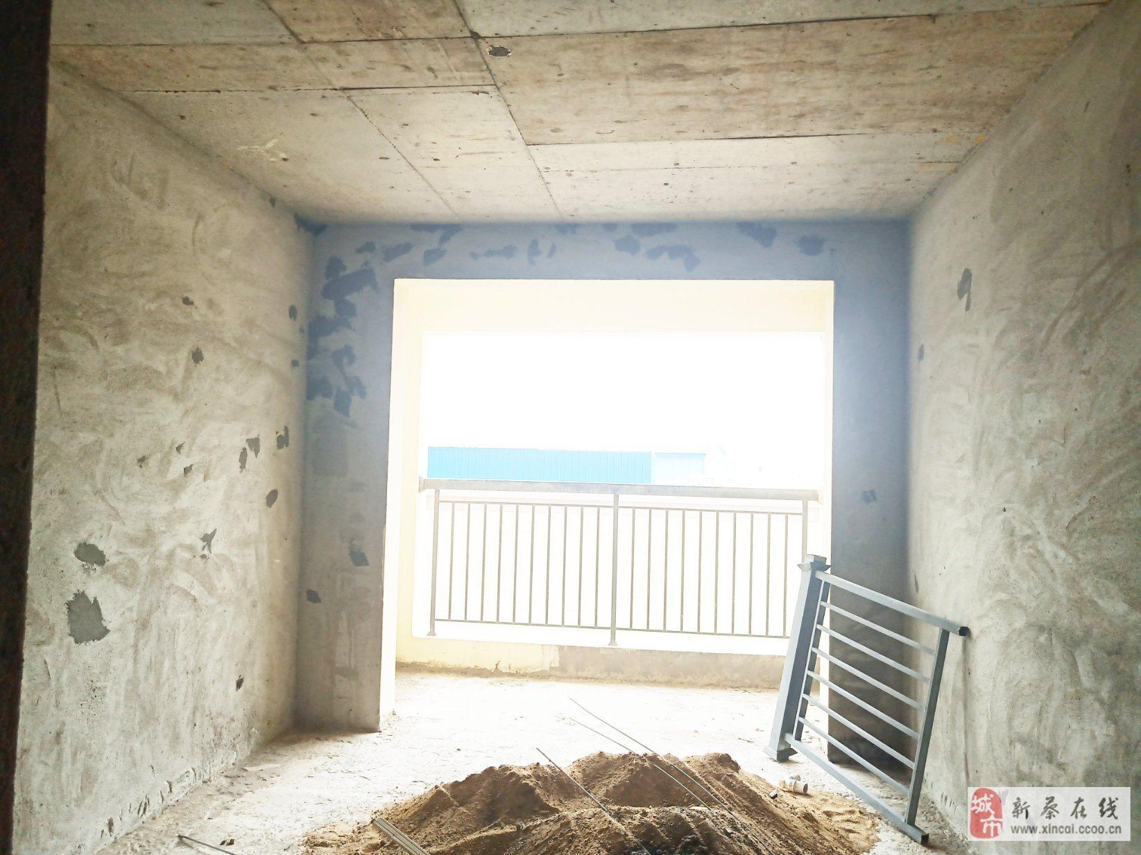 金瀾府喜盈門樓上電梯有房產證2室2廳1衛39萬元