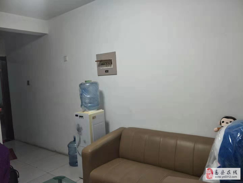 仁合家园1室1厅1卫30万元