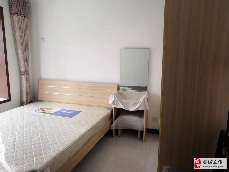 多层2楼,实小学区房,上海花园133平送车库52万