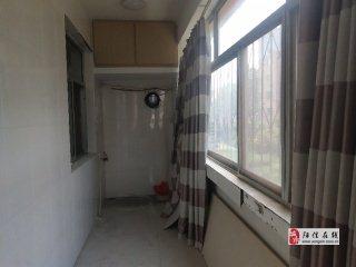 梨園小區精裝三居室,已鋪地暖,可按揭過戶