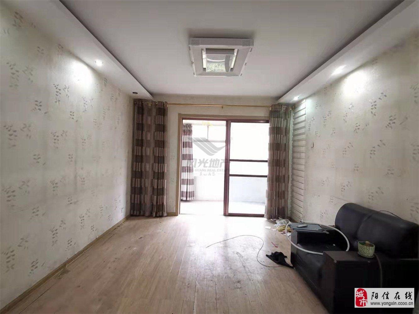 梨園小區精裝修三居室客廳朝陽倆儲藏室