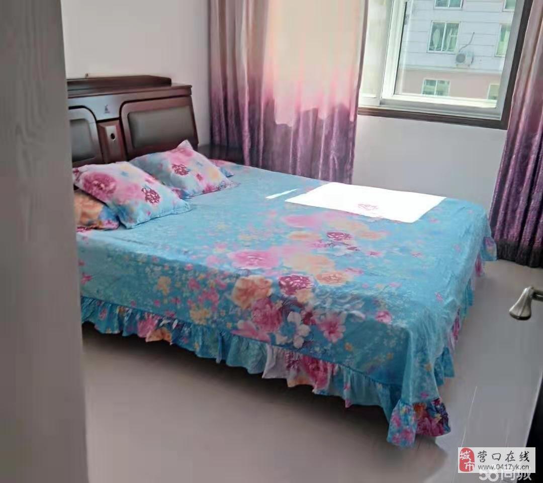 渤海明珠小区 6楼赠阁楼