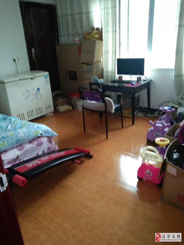 (248)湄江中学旁3室2厅2卫41.8万元(5楼