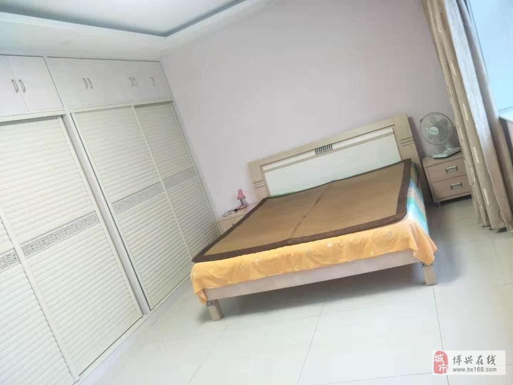 2389阳光城3室2厅1卫115万元