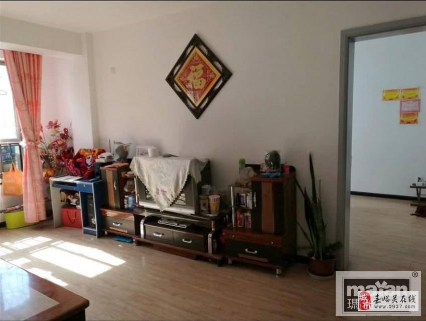 嘉德苑3室2厅1卫52万元