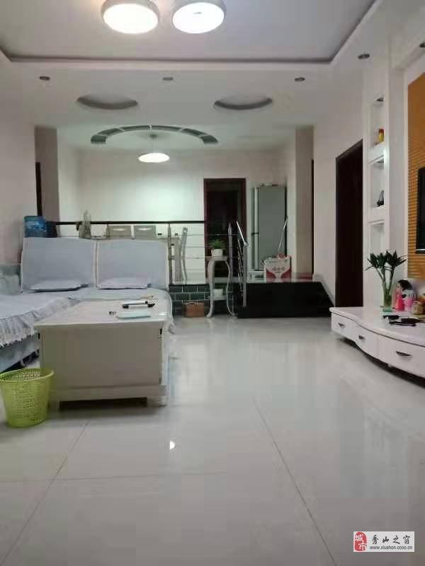 花燈廣場128平超大三室雙衛+休閑廳!核心區域!急