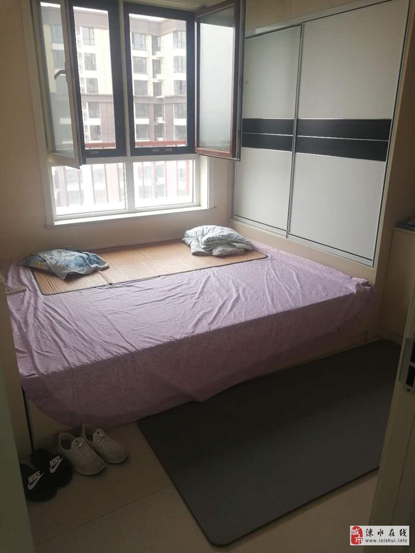 冀東大廈精裝兩居室,總價80萬97平。