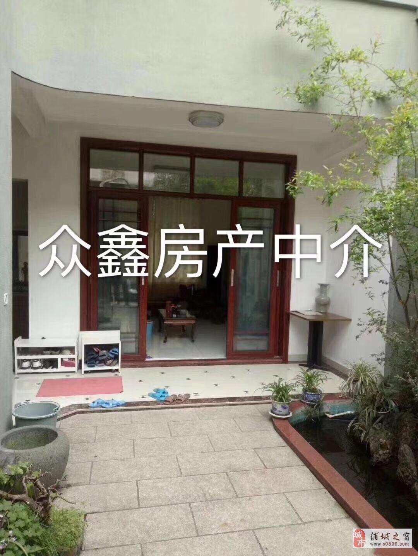 松鹤小区附近天地房三层半42室2厅2卫170万元