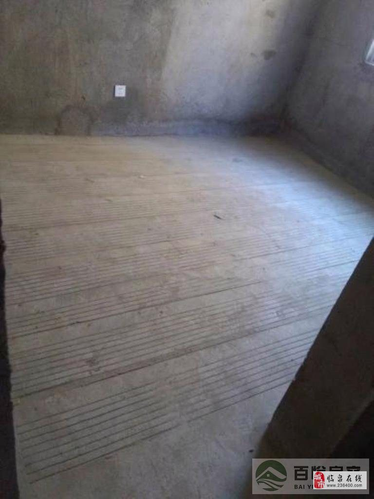 御水华府3室2厅2卫90万元